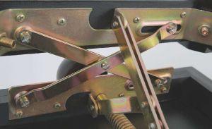 GEWA стол за пиано черен гланц  с кожа 130300