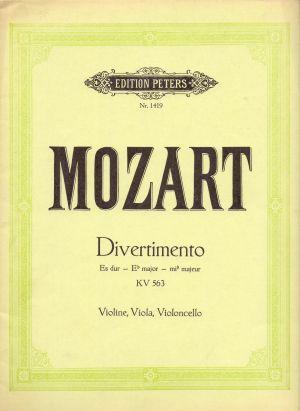Моцарт - Дивертименто  KV563 за цигулка,виола и виолончело