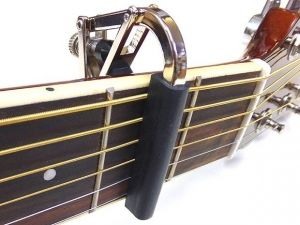 Shubb Original каподастер за акустична китара - никел